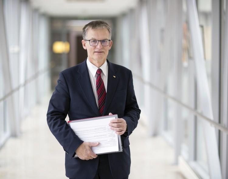 Socialdemokratai kreipėsi į Seimo Etikos ir procedūrų komisiją dėl A. Širinskienės inicijuoto balsavimo teisėtumo